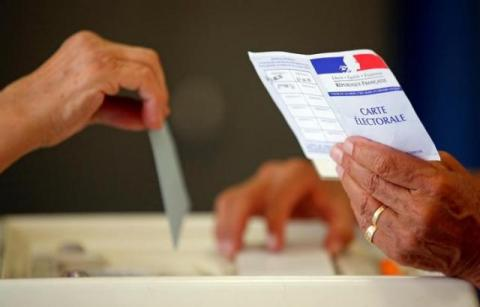 Turnout in French parliamentary election sharply down