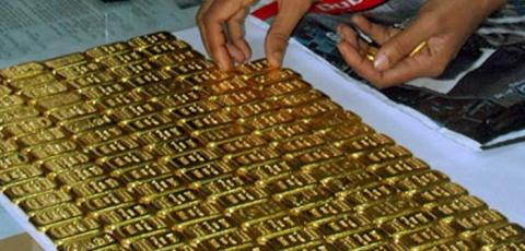 Sri lankan Navy nabs 7Kgs of gold worth Rs.50mn at KKS